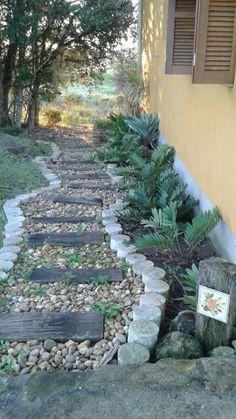 Caminho no jardim.