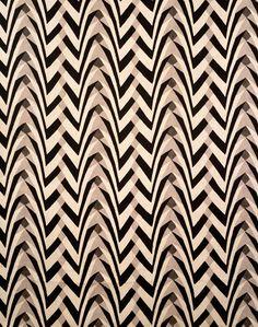 Furnishing fabric, F Gregrory Brown (designer), William Foxton (manufacturer), 1922. Museum no. T.325-1934. © Victoria & Albert Museum, London