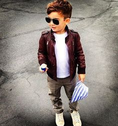 Boys fashion. Leather jacket. Aviators.