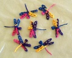 KK Crocheted TINY Dragonfly Free crochet pattern! For mamas? Yes!! Finally!!