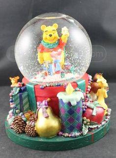 shopgoodwill.com: Winnie the Pooh Musical Snowglobe