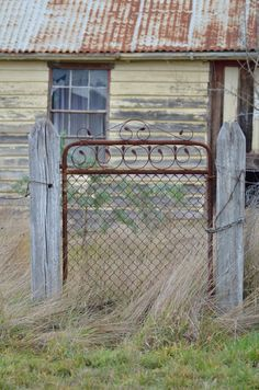 Old gate Taradale