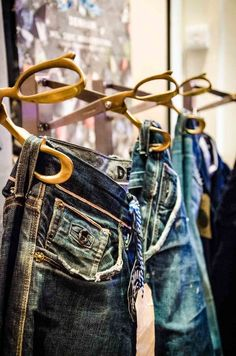 #Materiaalgebruik #Zintuigen #Beleving #RetailTheater #Stap3 www.retailtheater.nl