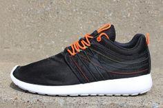 Nike Roshe Run Dynamic Flywire Crimson