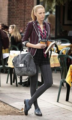 "'Gossip Girl,' Season 4, Episode 11: ""The Townie"" <br> SERENA VAN DER WOODSEN (BLAKE LIVELY) <br> + Blazer: Boy by Band of Outsiders <br> + Shorts: Joie <br> + Tie: Brooks Brothers <br> + Bag: Be & D <br> + Shoes: Rag & Bone"