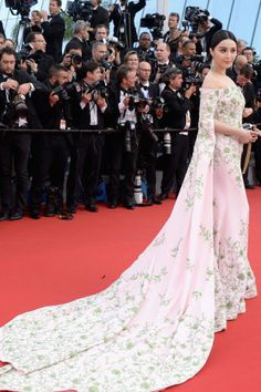See the best red carpet fashion spotted at Cannes Film Festival: Fanbingbing in Ralph & Russo Couture