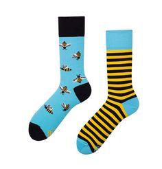 Sokken Many Mornings, Bezige Bijtjes - Mismatched - Jogg-jeans. Jogg Jeans, Unique Socks, Crazy Socks, Patterned Socks, Colorful Socks, Popular Mens Fashion, Happy Socks, Etsy, Unisex