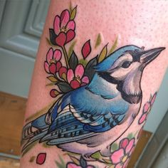 What does blue jay tattoo mean? We have blue jay tattoo ideas, designs, symbolism and we explain the meaning behind the tattoo. Full Body Tattoo, 1 Tattoo, Tattoo Shop, Tattoo 2017, Raven Tattoo, Tattoo Female, Blue Jay Tattoo, Traditional Japanese Tattoo Meanings, Cliche Tattoo