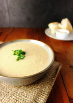 Low FODMAP Recipe and Gluten Free Recipe - Roast parsnip and rosemary soup http://www.ibs-health.com/roatsed_parsnip_rosemary.html