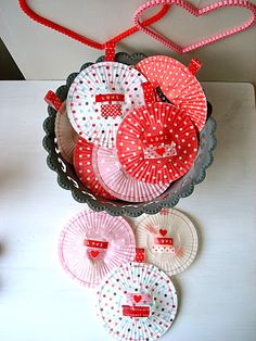 Muffinsförmchen als Geschenkhülle :)