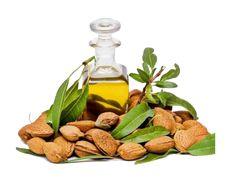 Ulei cosmetic de Argan si Rozmarin - 50 ml Descriere: Produsul reprezinta un amestec de ulei din Argan si ulei din Rozmarin presat la rece. Uleiul de Rozmarin este un ulei proaspat, usor picant, cu un efect stimulant asupra sistemului nervos central. Cu ajutorul uleiului de Rozmarin se pot trata infectiile respiratorii, avand un efect antiinflamator. In plus,uleiul de Rozmarin este deosebit de benefic pentru tratarea oboselii fizice si psihice. Pe langa calitatile terapeutice exceptionale…