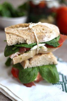 Blog Cuisine & DIY Bordeaux - Bonjour Darling - Anne-Laure: Sandwich italien à emporter Bagels, Sandwich Croque Monsieur, Cas, Cuisines Diy, Sandwiches, Sandwich Shops, Food Truck, Pesto, Healthy Recipes