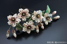 つまみ細工 髪飾り ● silk art HIMEKO facebookpage https://ja-jp.facebook.com/himekosilkart ● http://www.a-yarn.com/