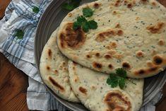 Naanbrød - Med hjerte for mat Hummus, Bread, Snacks, Ethnic Recipes, Food, Tapas Food, Appetizers, Breads, Hoods