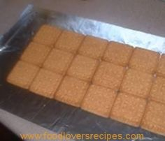 Food Lovers Recipes | TENNISBESKUITJIESTENNISBESKUITJIES - Food Lovers Recipes Butcher Block Cutting Board, Bon Appetit, Biscotti, Donuts, Sweets, Cookies, Baking, Kos, Recipes