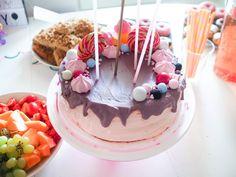 Tiaran My Little Pony -synttärit Diy Party Decorations, My Little Pony, Sandwiches, Birthday Cake, Snacks, Desserts, Celebration, Food, Tailgate Desserts