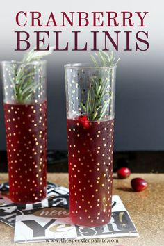 Delicious and seasonal Cranberry Bellinis! Unsweetened cranberry juice is combined with simple syrup and prosecco to make these create these festive cocktails. Prosecco and Raspberry Liqueur is also a great cocktail. Festive Cocktails, Fancy Drinks, Christmas Cocktails, Holiday Cocktails, Yummy Drinks, Christmas Recipes, Holiday Parties, Prosecco Drinks, Cocktail Drinks