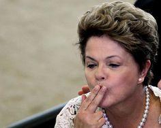 O desastre da economia brasileira e o gigantesco buraco fiscal do governo. Depois de solapar os fundamentos da economia com sua Nova Matriz Econômica e atrofiar duas pernas do tripé da política econômica -- a fiscal e a de metas inflação --, o governo do PT tornou-se a principal fonte de insegurança e incerteza no país.