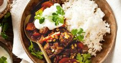 Slow Cooker Moroccan Beef and Barley Stew. Hearty and filling, yet low in fat, this Moroccan stew is the perfect family meal. Slow Cooker Recipes, Beef Recipes, Savoury Recipes, Savoury Dishes, Asian Recipes, Yummy Recipes, Recipies, Dinner Recipes, Healthy Recipes