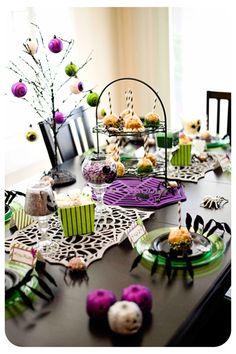 Halloween table decore