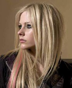 Avril Lavigne (Libra Sun, Scorpio Moon)