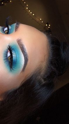 Too Faced metallic blue eyeshadow look