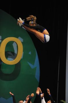 #cheer, pike, stunt, competitive cheerleading, grace, form, cheerleader, competition, plus 1/0 moved from Kythoni's main Cheerleading board: http://www.pinterest.com/kythoni/cheerleading/ m.19.3 #KyFun