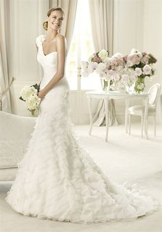 One Shoulder wedding dress ideas