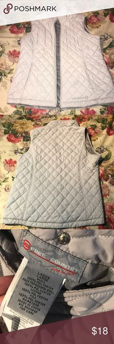 Free Country Reversible Quilted Vest Great condition! Reversible vest with one side quilted pattern and one side soft and fleecy. Zip pockets and zip up front. Free Country Jackets & Coats Vests