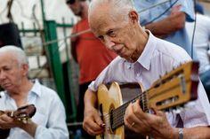 Chorinho ao vivo é o repertório do fim de tarde na Praça Benedito Calixto, na Vila Madalena