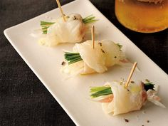 シャープな塩味! 「真鯛の昆布〆と香味野菜のピンチョス」のレシピ