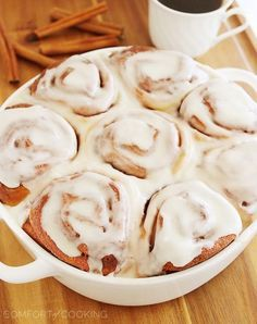 Easy Super Soft Cinnamon Rolls – Bake a batch of these super soft, gooey cinnamon rolls. It's my best (and easiest) recipe ever! | thecomfortofcooking.com