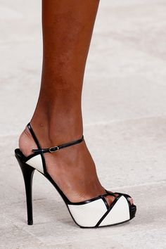 Ralph Lauren Spring 2013 RTW! Oh man, I am not sure I have ever lusted after a shoe as much as I am these right now.