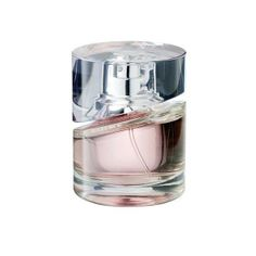BOSS FEMME EDP 75ML-The fragrance is fresh and sweet with a touch of spice. The opening of apple, cyclamen, melon, papaya, peach and Aglaia Odorata are transparent and succulently fruity. The heart is sweet and warm, composed of jasmine, lily and orris