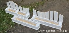 Flower boxes made of pallets build DIY themselves Blümenkästen aus Paletten selber bauen DIY Blümenkasten from pallets themselves build more . Herb Garden Pallet, Pallets Garden, Diy Flower Boxes, Diy Flowers, Diy 2019, Pallet Building, Palette Diy, Diy Garden Furniture, Diy Fence