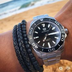 Perfect for a day in the surf, proves the TAG Heuer Aquaracer is the best aquatic timepiece around! Best Looking Watches, Watches Photography, Gucci Men, Burberry Men, Watch Sale, Watch 2, Watches For Men, Men's Watches, Calvin Klein Men