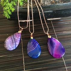 Gorgeous agate pendants. Artisan jewellery by Luxiere. #style #fashion