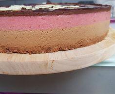 Recette Bavarois fruits rouges - chocolat sur son lit croustillant par kity02 - recette de la catégorie Pâtisseries sucrées