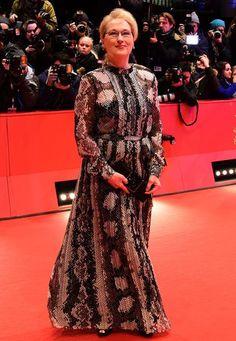 Berlinale 2016: Jury-Präsidentin Meryl Streep kommt im Abendkleid mit Schlangen-Print.