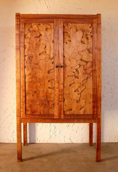 Trastero is a Southwest furniture form. This one is crafted in Koa and carved with Gamble Oak leaves. The traditional form and techniques are brought … Unique Furniture, Wood Furniture, Furniture Design, Furniture Ideas, Fine Woodworking, Woodworking Ideas, Hawaiian Decor, Hawaii Homes, Oak Leaves