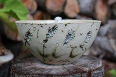 Hübsche kleine Feuerschale für deinen Gartentisch, in der du deine übrig gebliebenen Kerzenstummel recyclen kannst. Wäre ja schade, um den guten Wachs.  Die Feuerschale ist mit einem Dauerdocht...