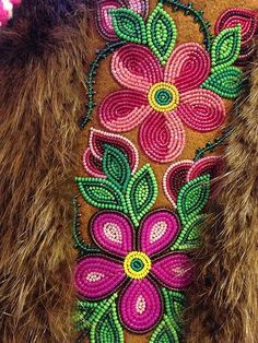 Beadwork by Judy Lafferty, NWT. Just amazing! Native Beading Patterns, Beadwork Designs, Bead Embroidery Patterns, Native Beadwork, Seed Bead Patterns, Native American Beadwork, Beaded Embroidery, Indian Beadwork, Beaded Moccasins