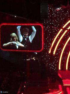 Jay e @AlionaVilani na turnê do Strictly em Glasgow, na Escócia. (via @LisaB0401) (6 fev.)