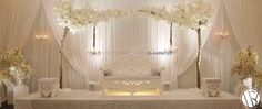 You dream, we create! Our new Blossom Weddingstage