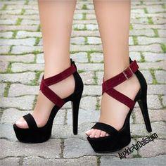 Ehriba Siyah Bordo İnce Bantlı Topuklu Ayakkabı