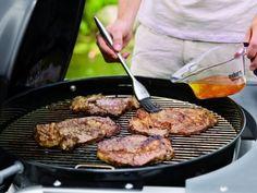 Franek i jego wędrówki: Uwaga! Kiełbasę z grilla można jeść tylko w lewobr...