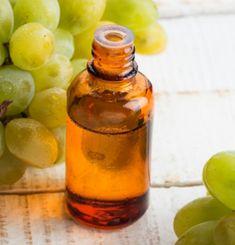 Grapeseed Oil- Best Essential Oils To Tighten Skin. #TightenSkin #EssentialOil