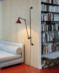 Gelenkarm-Wandleuchte N° 214 mit Wandschiene *Die ideale Lese-Leuchte
