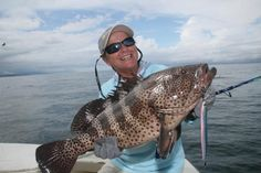 A handsome spotted grouper that struck a Sebile jig. Florida Fish, Salmon Fishing, Freshwater Fish, Panama, Fresh Water, Boats, Photo Galleries, Handsome, Tropical