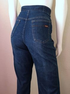 Vintage Women's 70's Wrangler Jeans, High Waisted, Straight Leg (L/XL) by Freshandswanky on Etsy